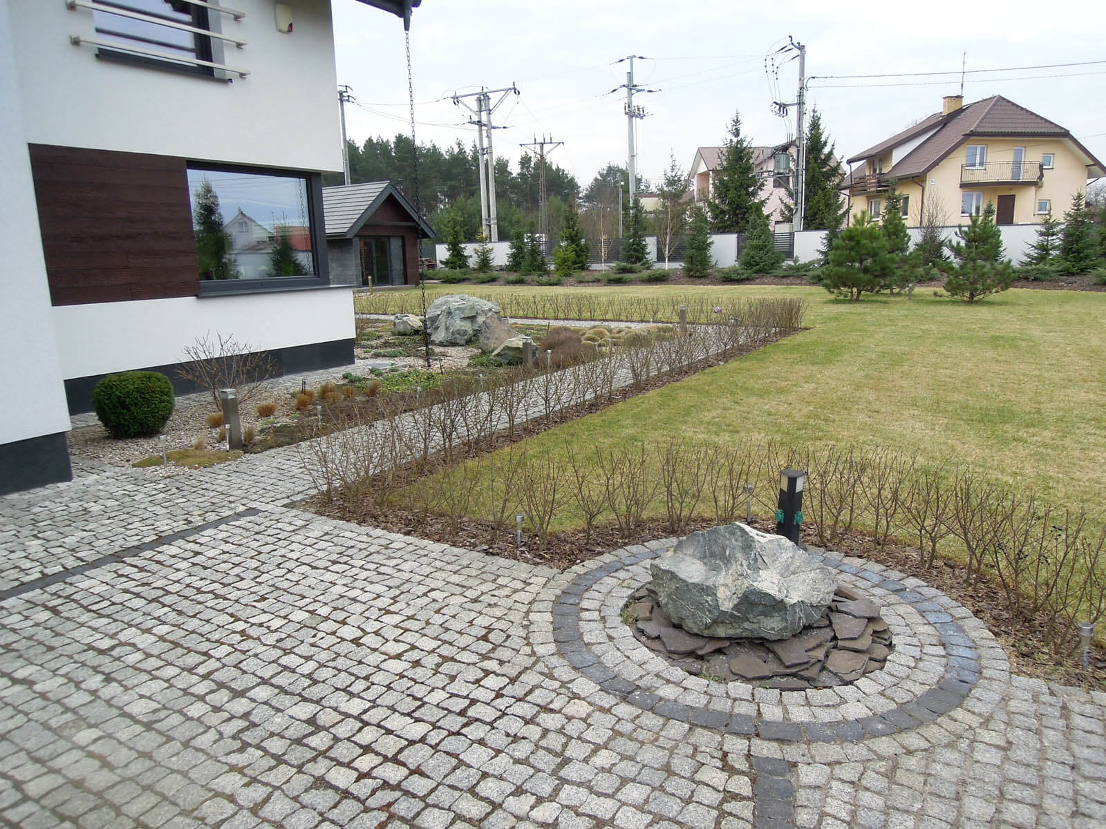 Wykonanie ogrodu w stylu nowoczesnym w Białymstoku